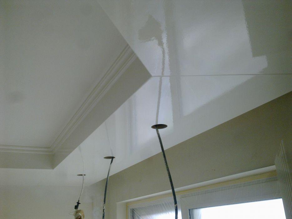 Foto 39 s spuitwerken cornelissen schilder en spuitwerken for Plafond sierlijst
