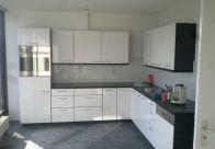 Keuken deuren, muren en plafond gespoten